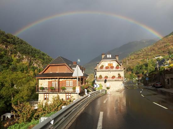 Arc de Sant Martí a la carretera d'Aubert
