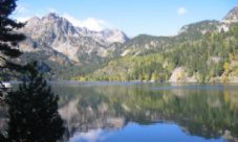 lac de montagne dans la Val d´Aran