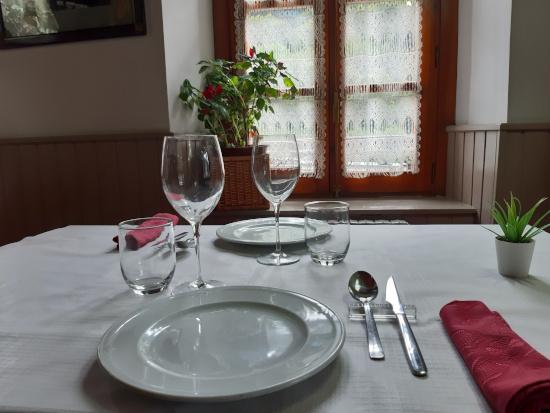 Restaurant Era Nheuada  a  Aubert